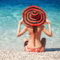 5-Gym-Free-Ways-Make-Your-Bum-Look-Better-Bikini