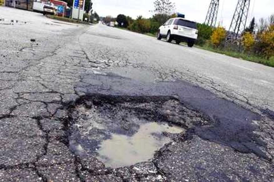 buche-buca-asfalto-strada-strade-lavori6