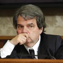 Il deputato Pdl Renato Brunetta durante la conferenza stampa per presentare gli emendamenti per l'introduzione del semipresidenzialismo presso la Sala Nassiriya del Senato, Roma, 6 giugno 2012. ANSA / SAMANTHA ZUCCHI