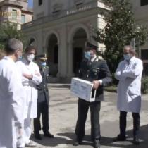 EMERGENZA DA COVID 19. LA GUARDIA DI FINANZA CONSEGNA GENERATORE DI OZONO AL POLICLINICO UMBERTO I DI ROMA